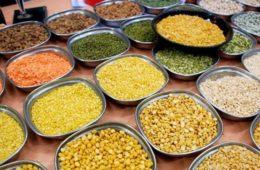 Bachchan-Grains-Market-pulses-Vendor-Vashi-photo_cdf24f3c-a676-11e5-8463-9460a1f5716a
